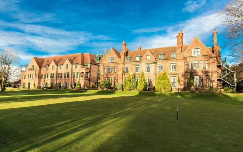 Aldwark Manor Hotel & Golf Resort