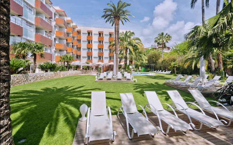 Monica Hotel Cambrils unlimited golf holidays