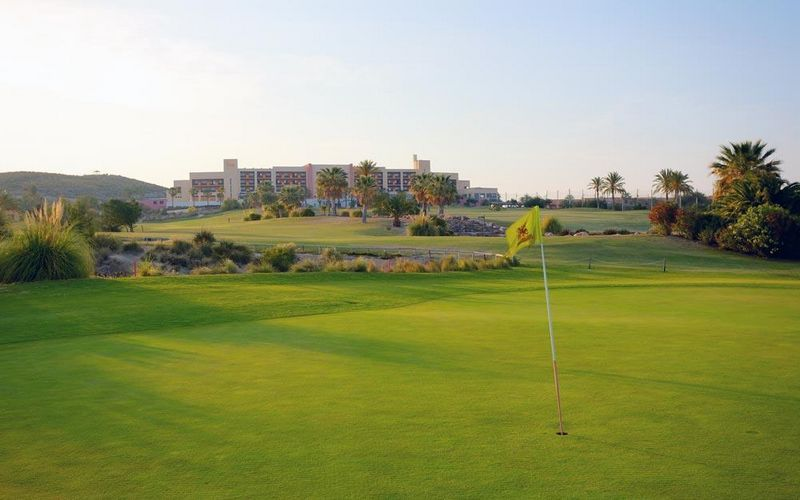 valle del este golf holidays