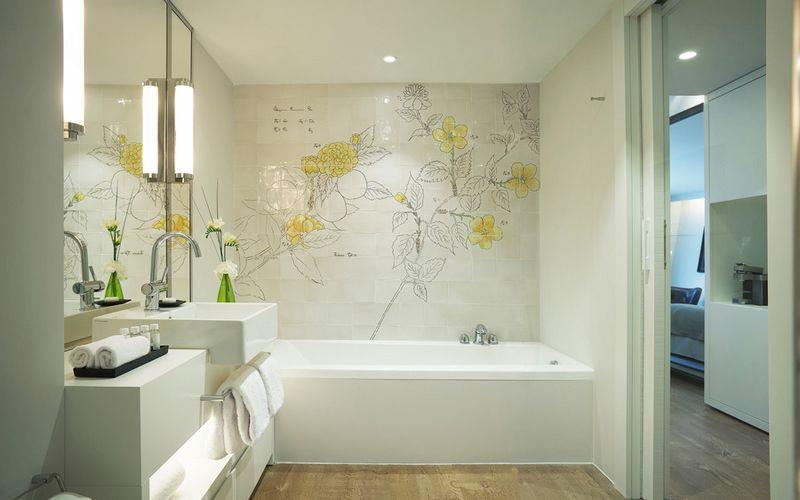 hotel camiral pga catalunya bathroom