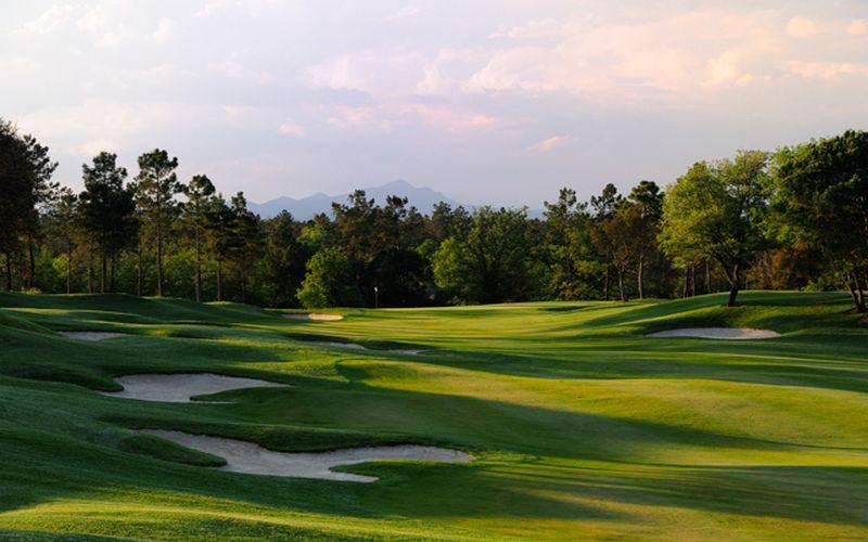 tour golf course pga catalunya